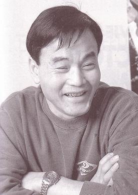 Kenji Kodama ( こだま 兼嗣 ,